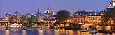 Pont_des_Arts,_Paris